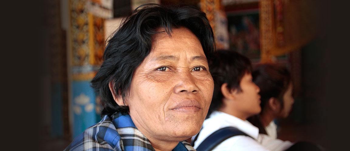 We werven fondsen in Nederland, en werken samen met BC, een lokale LHBTI-organisatie in Cambodja.